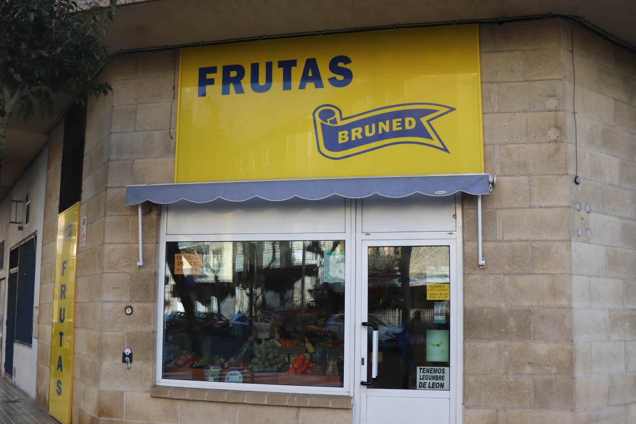 Tienda de Frutas Bruned en Calle Huesca, 2, Jaca (Huesca)